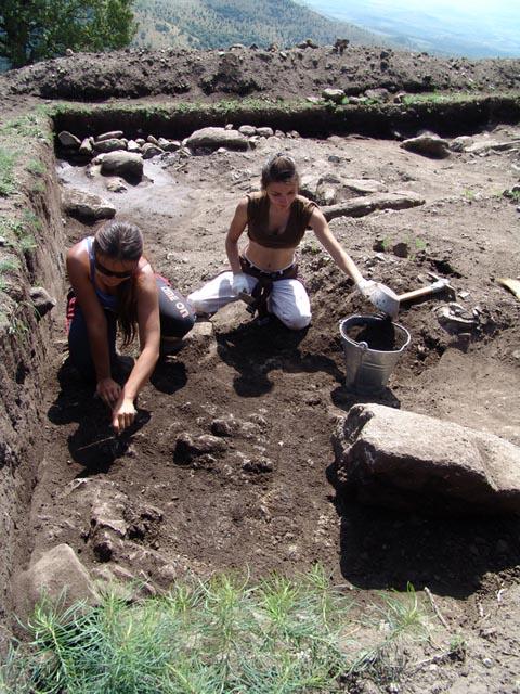 Археолошки истажувања на Кокино